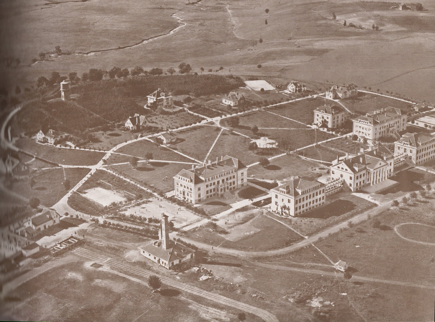 acs-campus_1936_resizedjpg