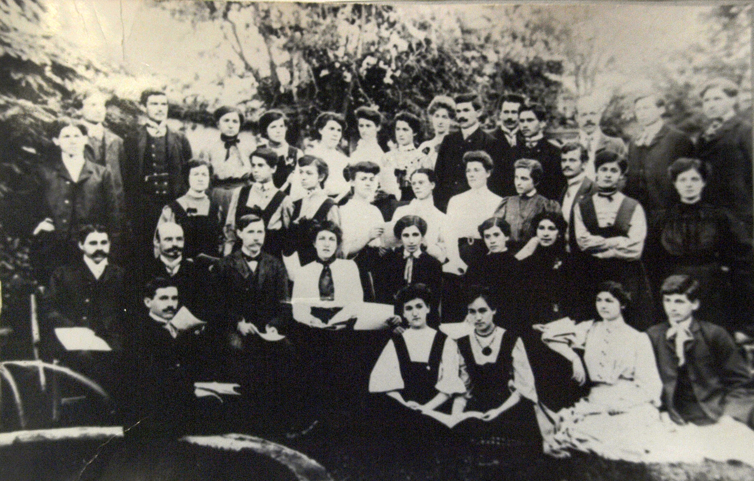 faculty-members-in-samokov-1907_resizedjpg